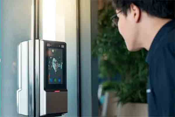 Face-Recognition-in-Mobile